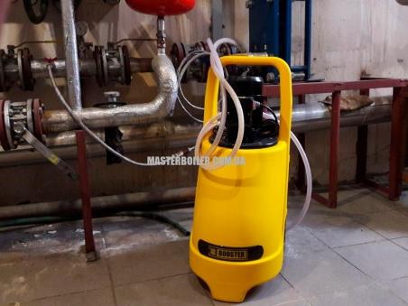 BOOSTER K33 - установка для промывки теплообменников и котлов